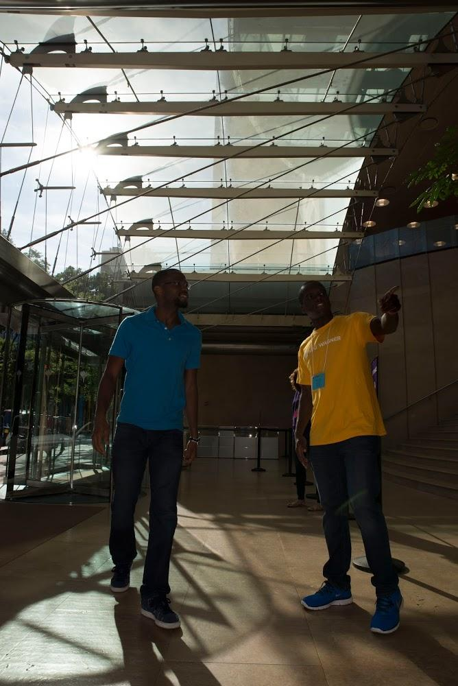 Two individuals in Kimmel Centre